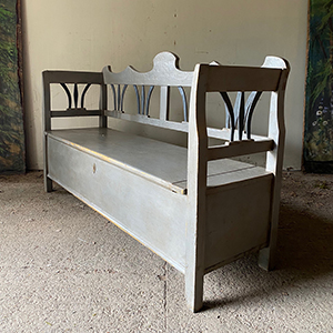 Antique Box Bench in Grey amp Black