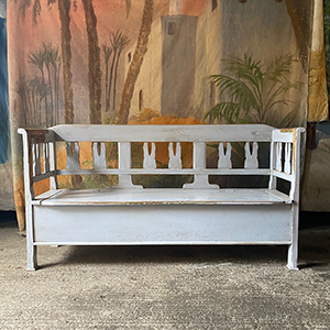 Antique Box Bench in Pale Grey
