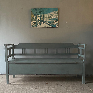 Antique Box Bench in Pigeon Grey