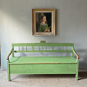 Antique Box Bench with Low Arms