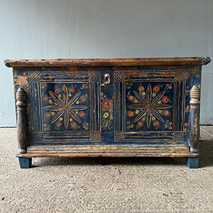 Antique Bridal Box with Flowers in Blue