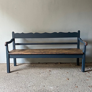 Antique Settle in Grey-Blue