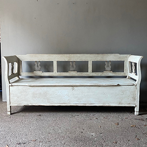 Antique Settle in Old White with Grey
