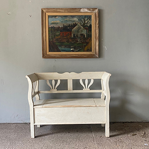 Antique Style Box Bench in Old White