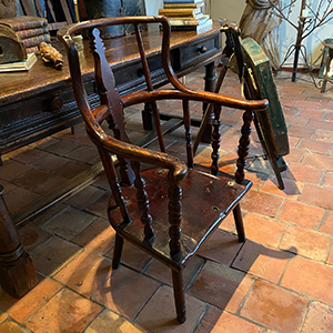 Rare Primitive Country High-Back Chair with Spindles