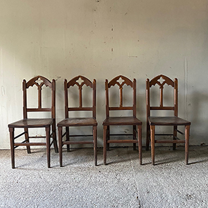 Set of 4 Fine Neo-Gothic Arts and Craft Oak Chairs
