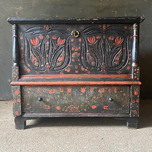 Superb Marriage Chest with Tulips